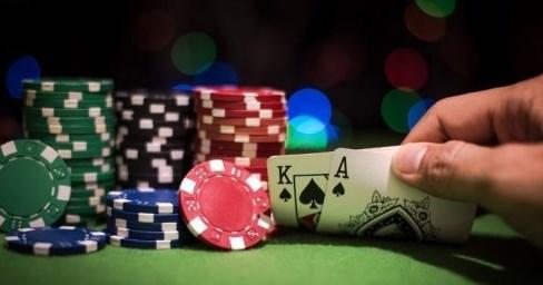 игра в покер онлайн и в реале