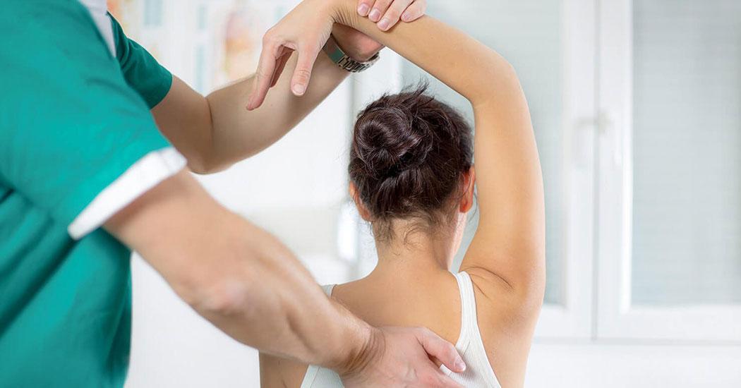 Когда стоит обратиться к остеопату